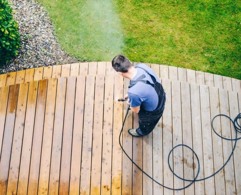 Deck Cleaning Service Northern IL